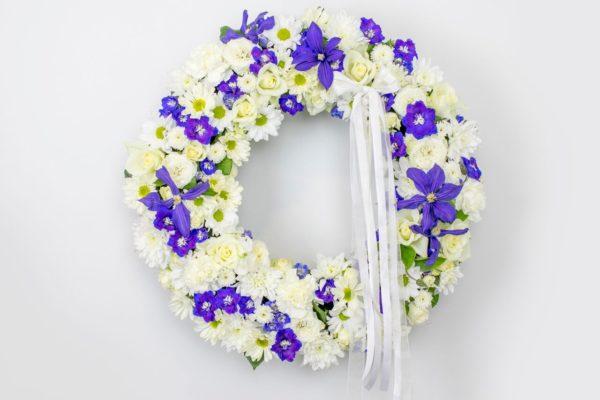 Lillepärg suur valgete ja siniste lilledega